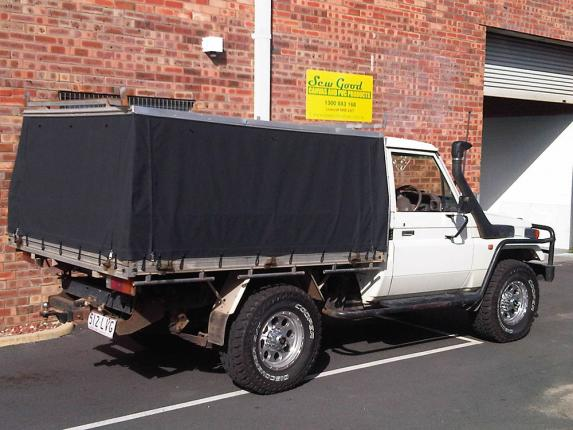 HARD TOP CANVAS CANOPY LAND CRUISER